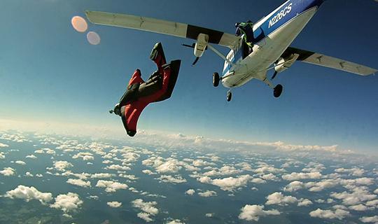 Cover photo courtesy of Richard Schneider via Wikimedia Commons.